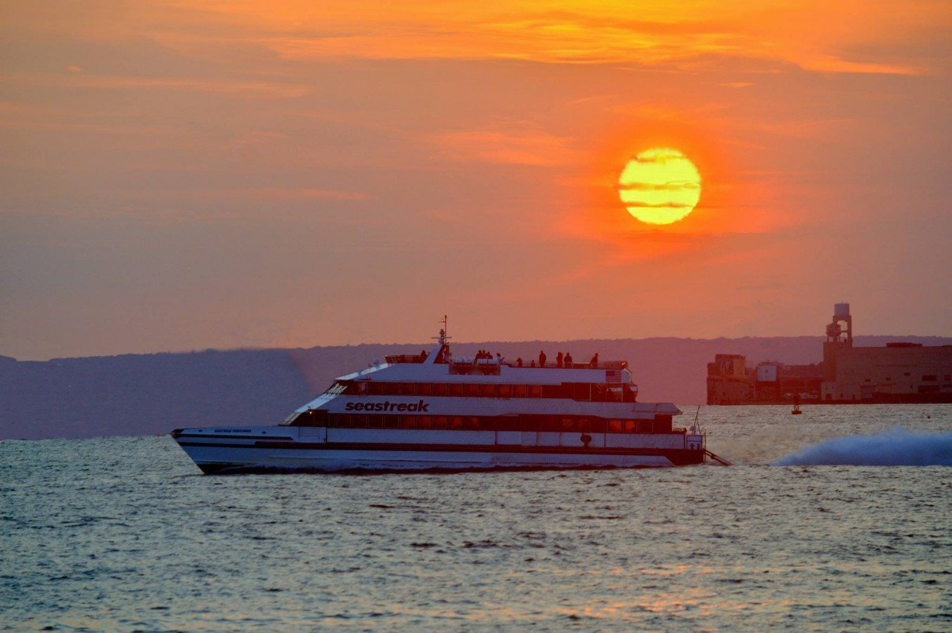 NY Harbor's Best Manhattan and NJ Site-Seeing Cruise