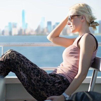 woman-skyline